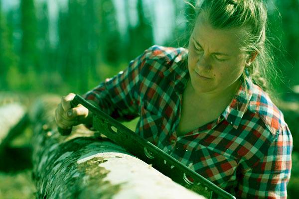 Image of The Last Alaskans cast Ashley Selden