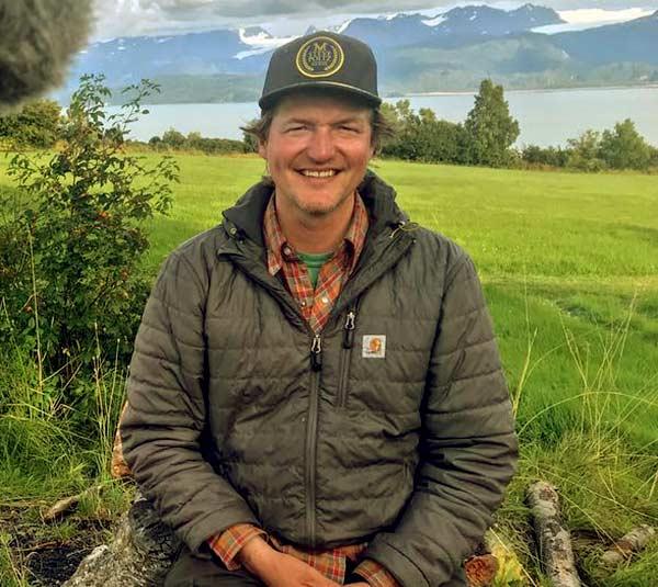 Image of TV star, Atz Lee Kilcher net worth