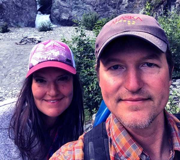 Image of Atz Lee Kilcher with wife Jane Kilcher