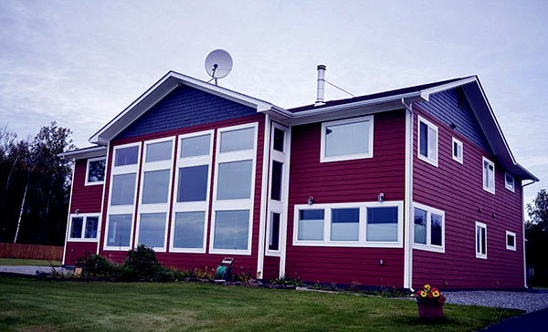 Image of Sarah Palin house located at the western end of Wasilla.